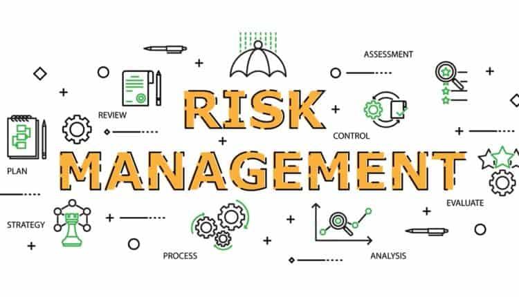 bạn nên học các Quản trị Rủi ro, để giảm thiểu khả năng mất trắng.