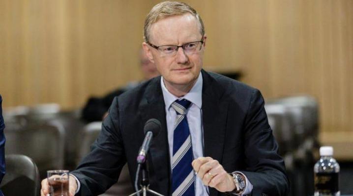 Úc giữ lãi suất ở mức thấp