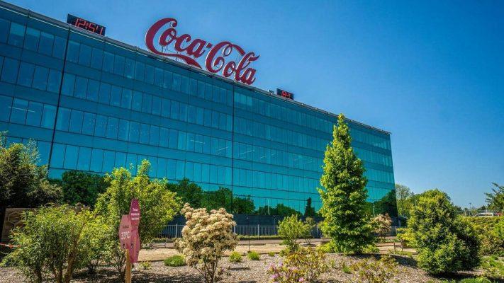 Cổ phiếu Coca-Cola tăng cao bất chấp doanh thu quý III giảm