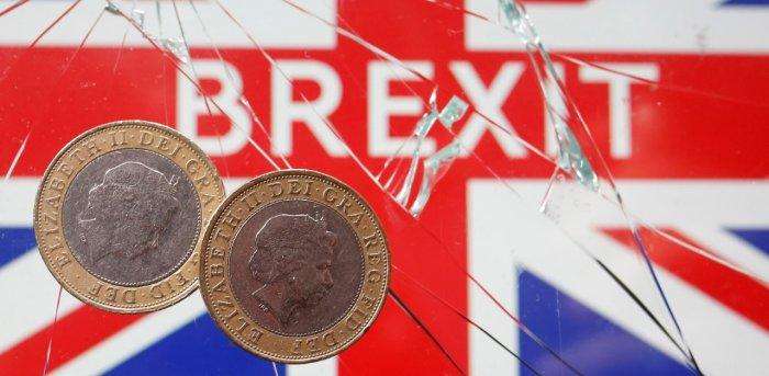 Đồng bảng Anh suy giảm khi các cuộc đàm phán Brexit đang treo ở thế cân bằng