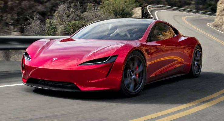 Tesla bán gần 500.000 xe điện trong năm 2020