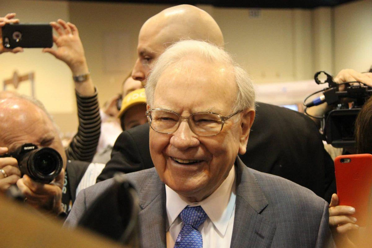 The Motley Fool gợi ý ba mẹo kiếm tiền của Warren Buffett cho nhà đầu tư năm 2021