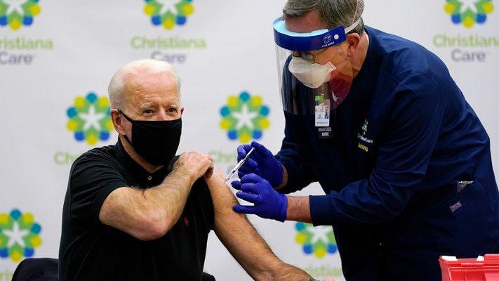 Ông Joe Biden tuyên bố tiêm vắc-xin là ưu tiên số một của chính quyền mới