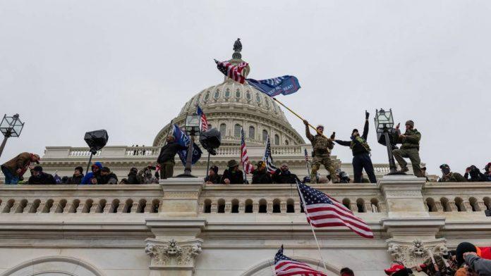 Các công ty công nghệ Mỹ dừng tài trợ chính trị sau bạo loạn tại Điện Capitol
