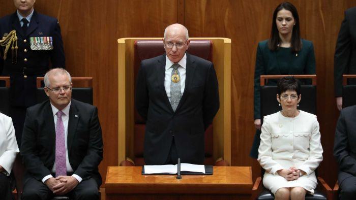Úc thông qua luật