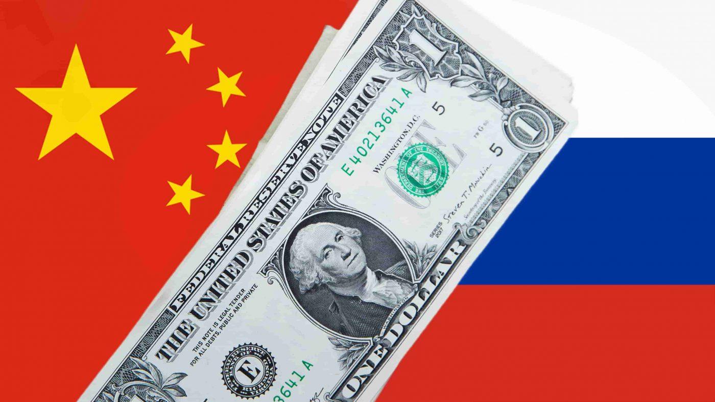 Căng thẳng đỉnh điểm với Mỹ, Nga kêu gọi Trung Quốc 'tẩy chay' đồng USD