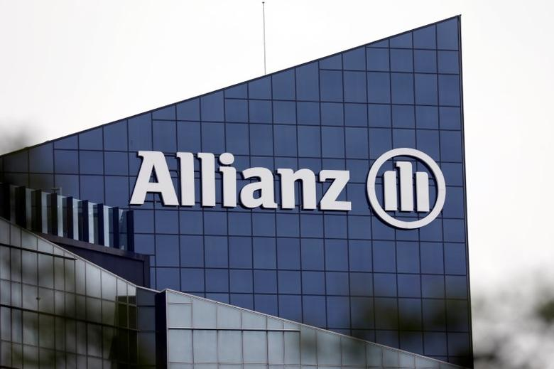 Allianz chia cổ tức