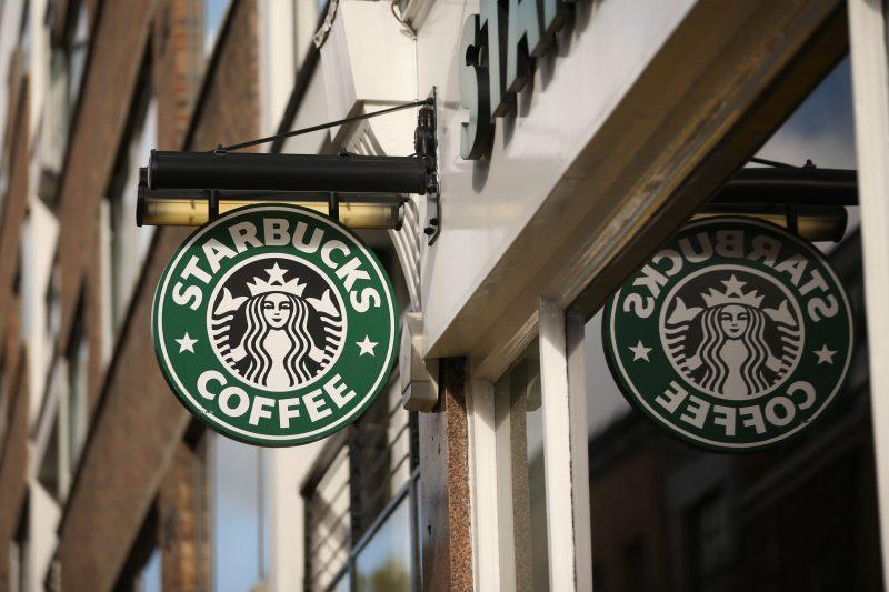 Cửa hiệu Starbucks