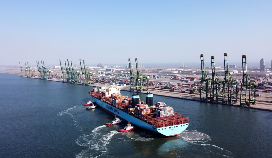 20211018-cang-container-khong-carbon-dau-tien-tren-the-gioi-di-vao-hoat-dong-1